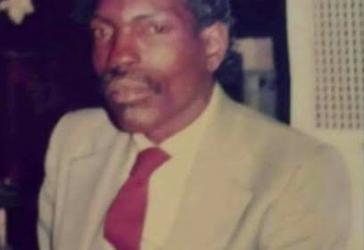 In Loving Memory of Robert Junious Lark Sr